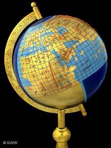 Erdglobus nach al-Ma_muns Weltkarte aus dem 9. Jh.
